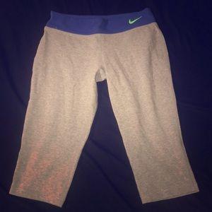Nike legging capris